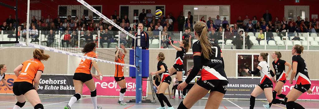 Dames 1 wint voor derde keer op rij, nu thuis van Regio Zwolle Volleybal.