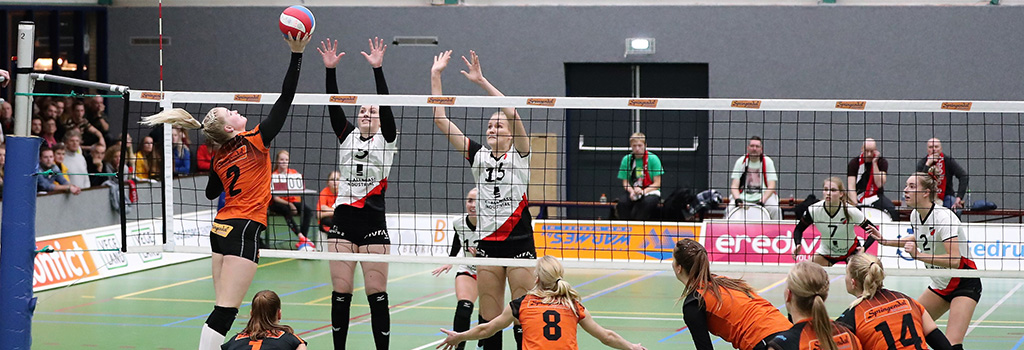 Dames 1 verlies Twentse volleybalderby tegen Set-Up '65.